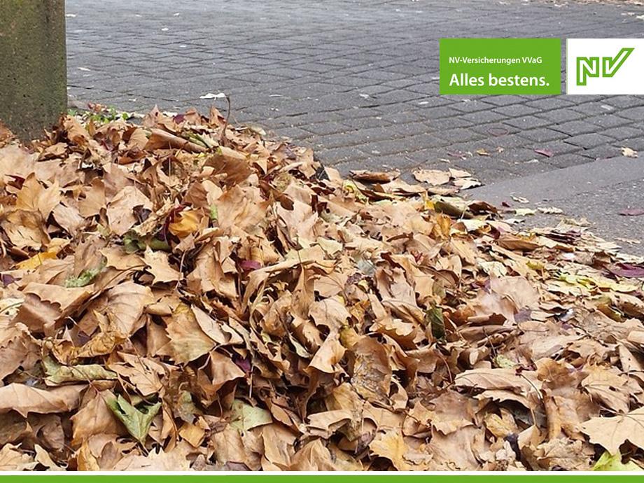 Herbst, Laub und Rutschgefahr